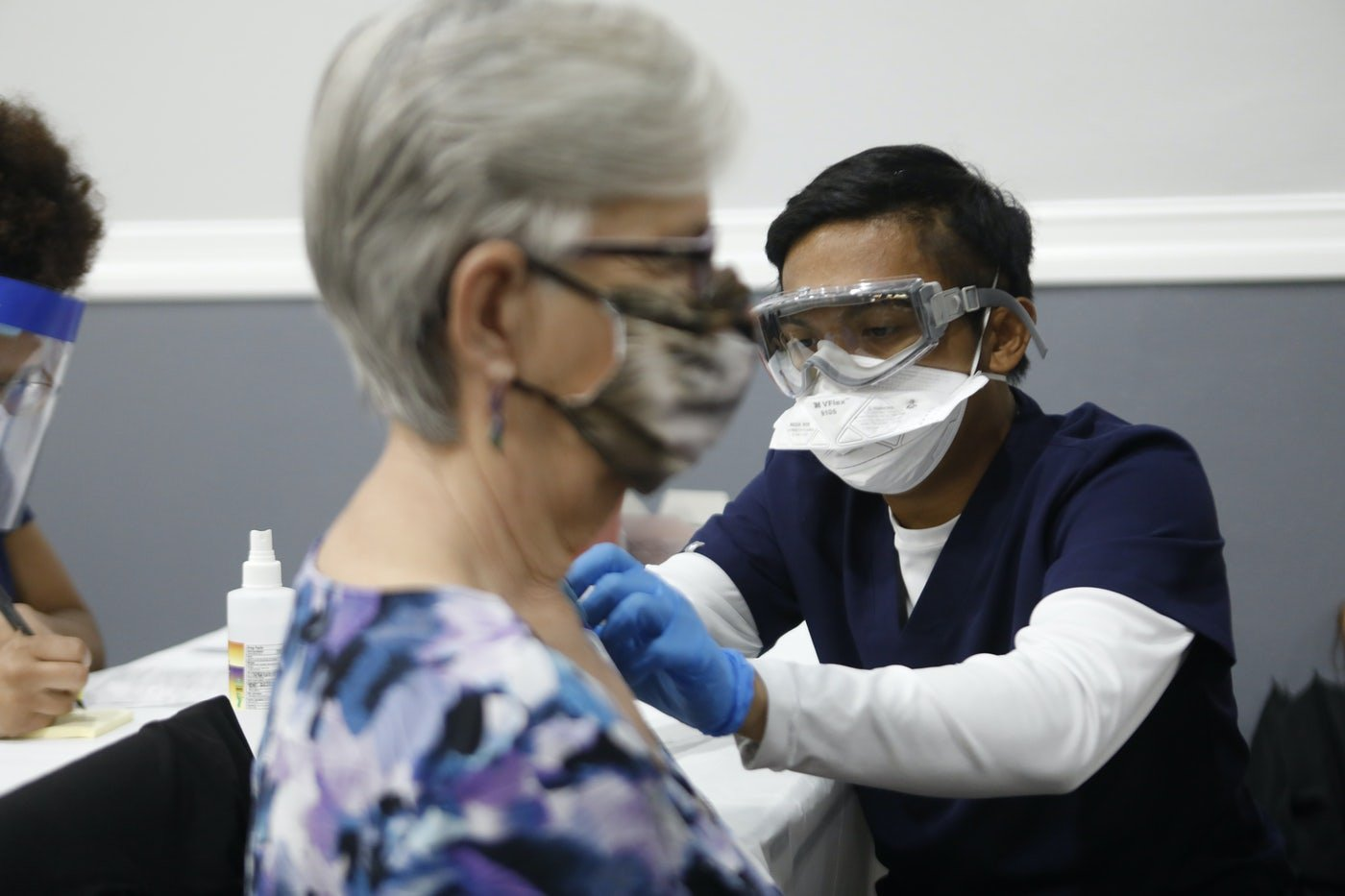 A woman in Florida receives the Covid-19 vaccine.