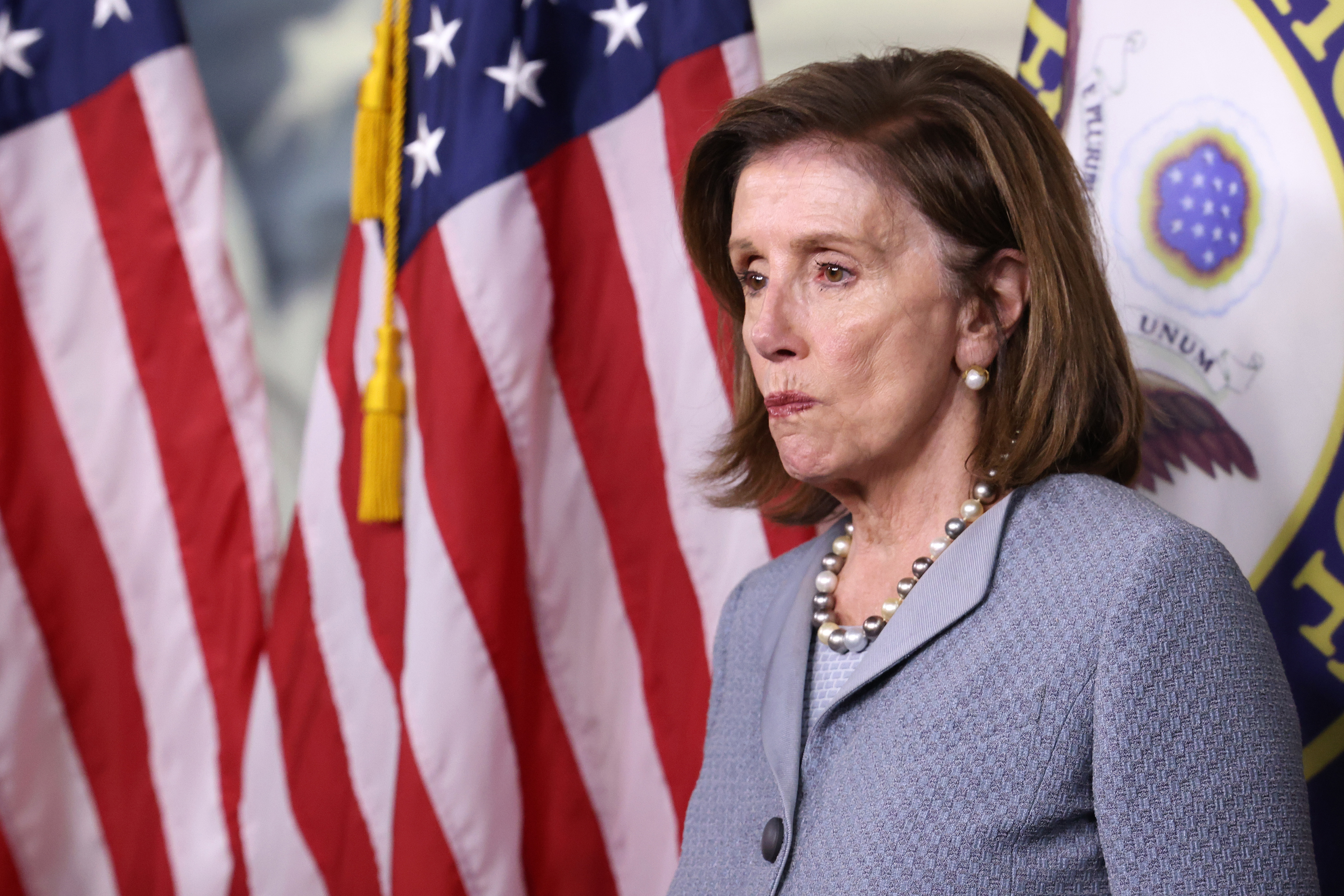 The Democrats' High-Stakes Sprint Through a Legislative Minefield thumbnail