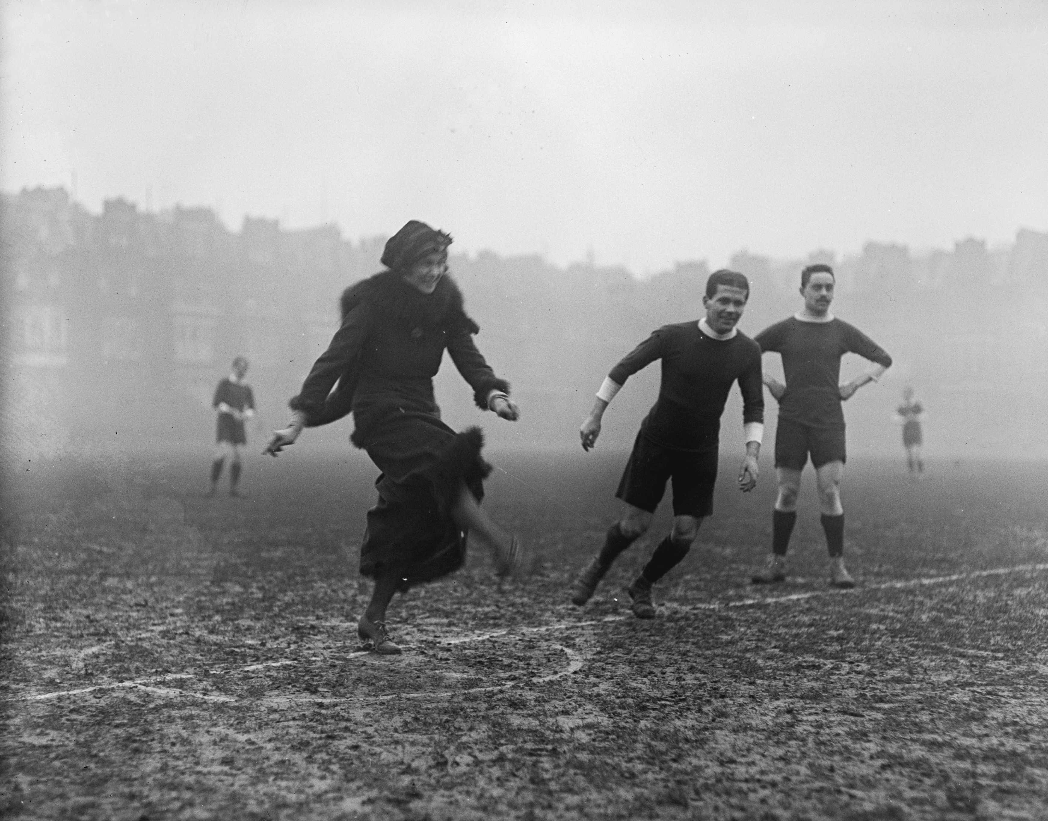 The Myth of the Christmas Truce Soccer Match | New Republic