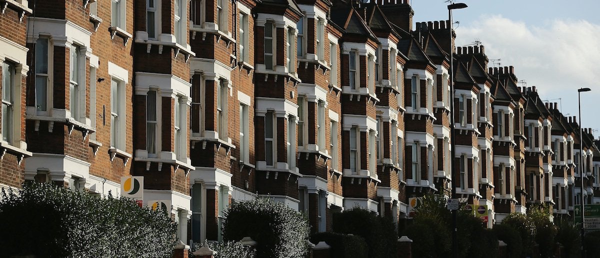 Wall Street Hedge Funds Buy Up Rental Properties | The New