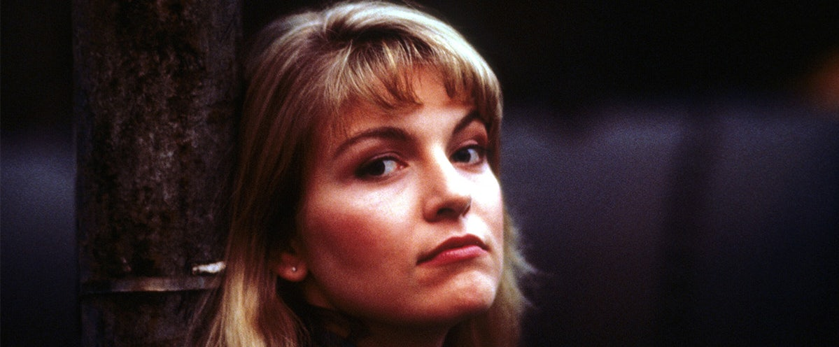 Twin Peaks' and the Origin of the Dead Woman TV Trope | The
