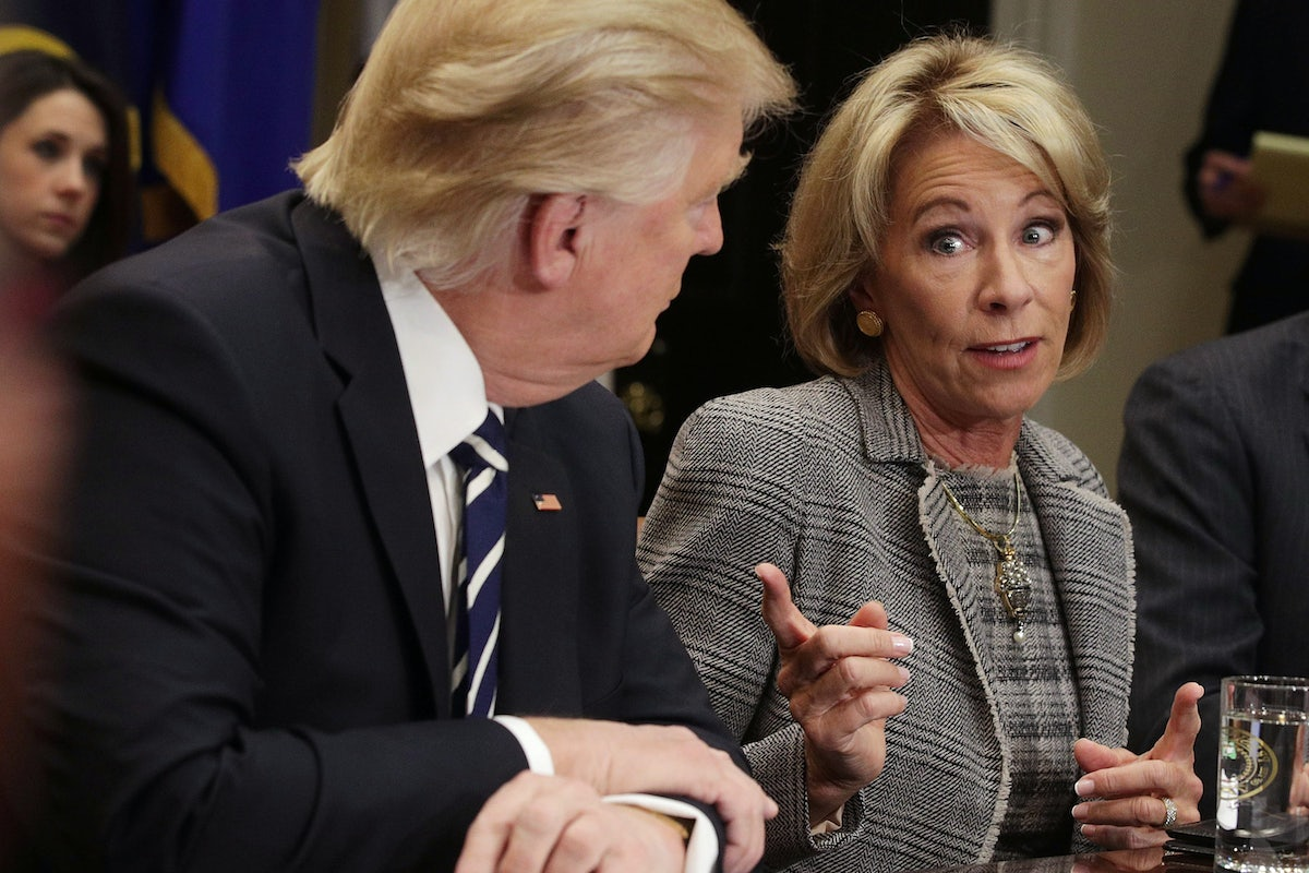 Big Worries About Betsy Devos >> One Teachers Union Is Talking To Betsy Devos The Other One Isn T