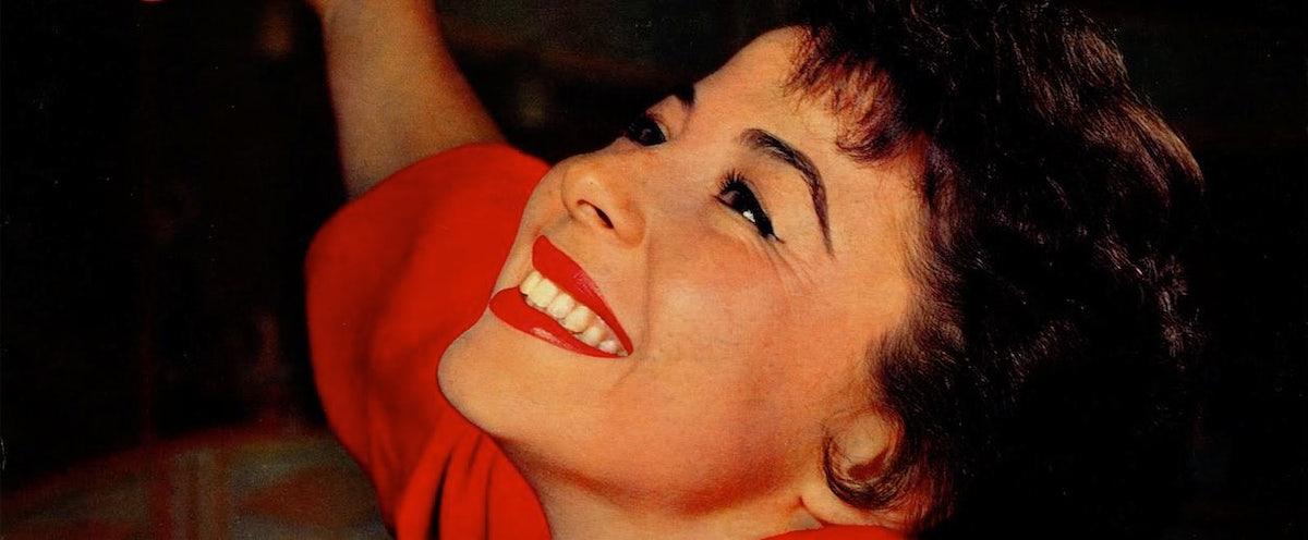 116bd34e1af Eydie Gormé Death  Pop Star s Sexiness Is Immortal