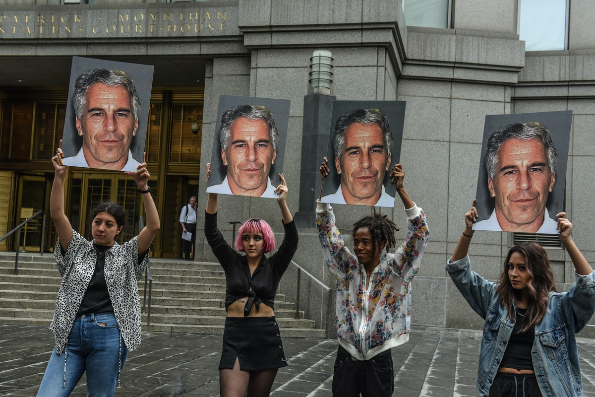 Epstein ile ilgili görsel sonucu