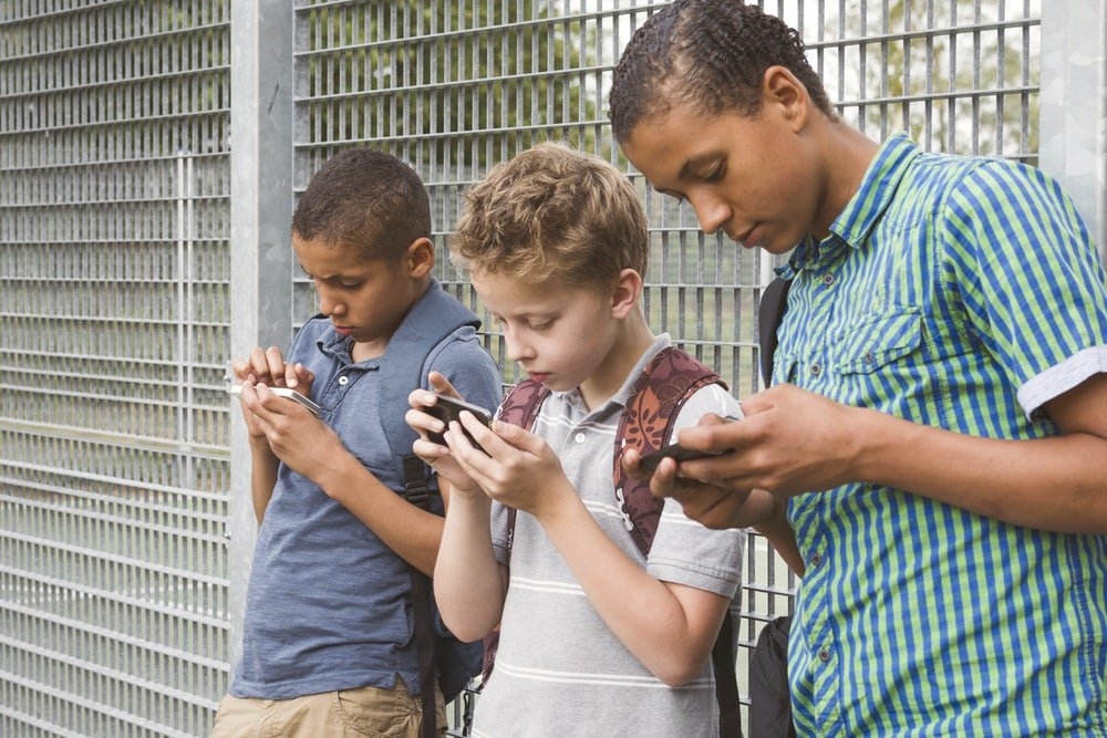Smartphones Won't Make Your Kids Dumb. We Think.