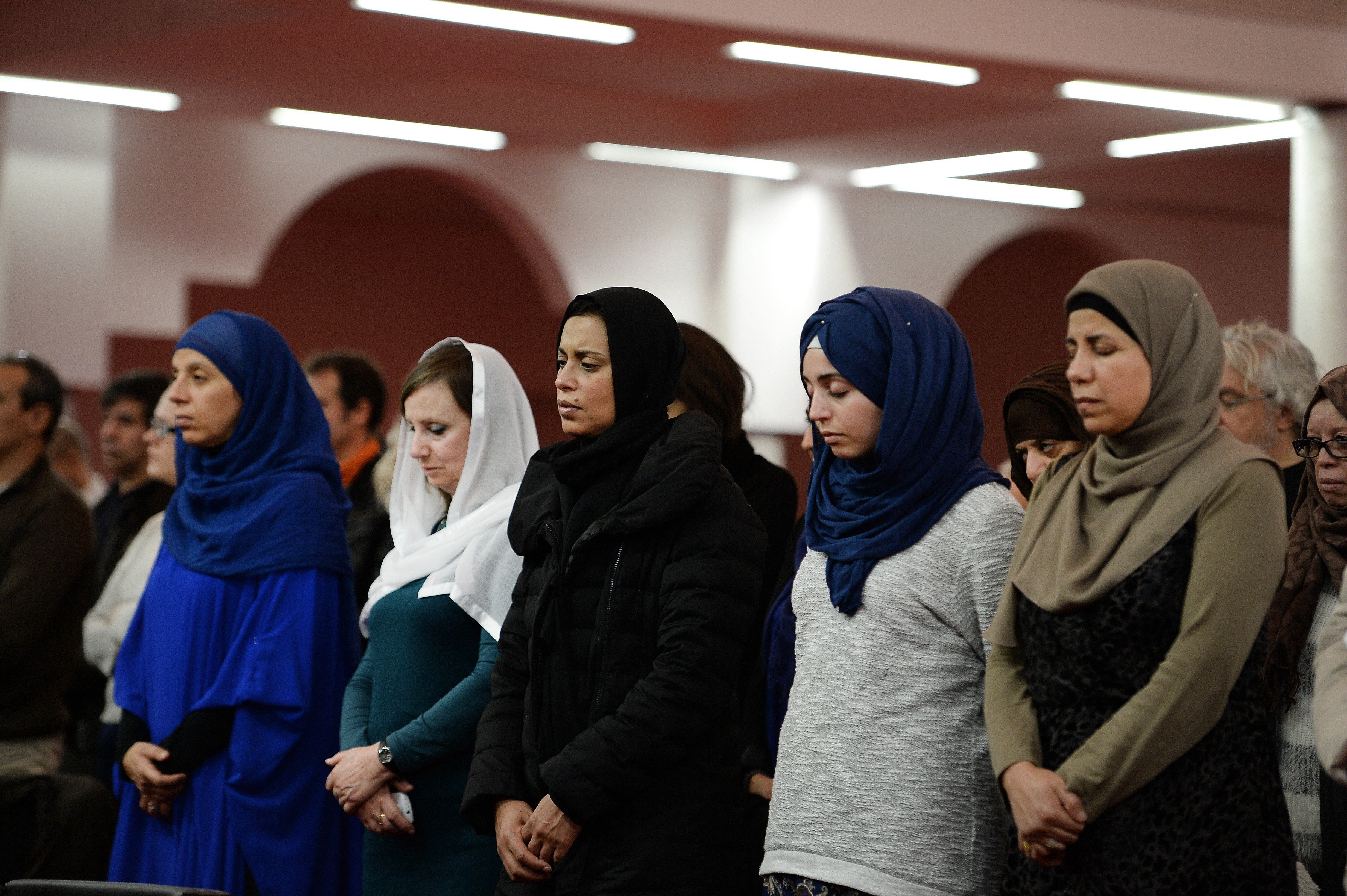 pictures Extremists target young Muslim women