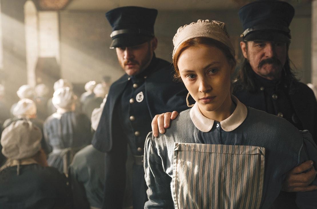 historical criticism of alias grace Amazoncom: alias grace margaret atwood interesting finds updated daily amazon try prime all historical biographical fiction historical mystery.