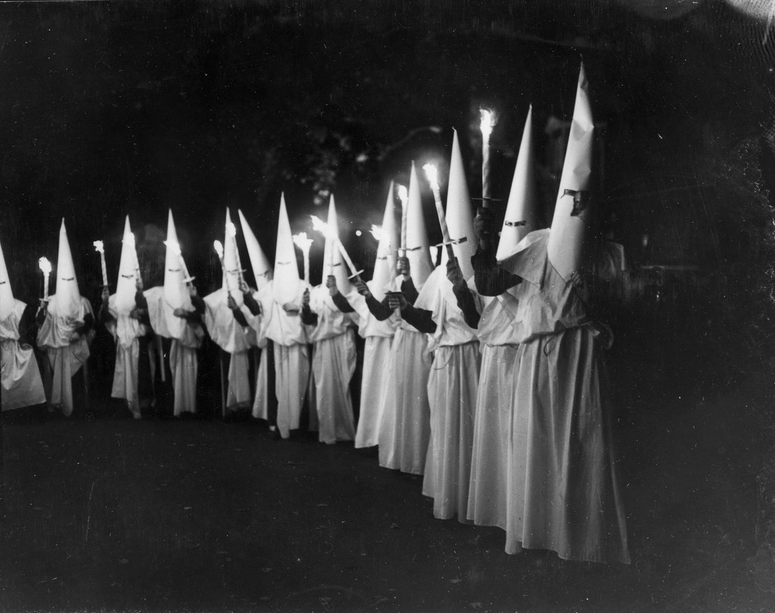 formation of the ku klux klan The most prominent of these, the ku klux klan, was formed in pulaski, tennessee, in 1865 originally founded as a social club for former confederate soldiers, the klan evolved into a terrorist organization.