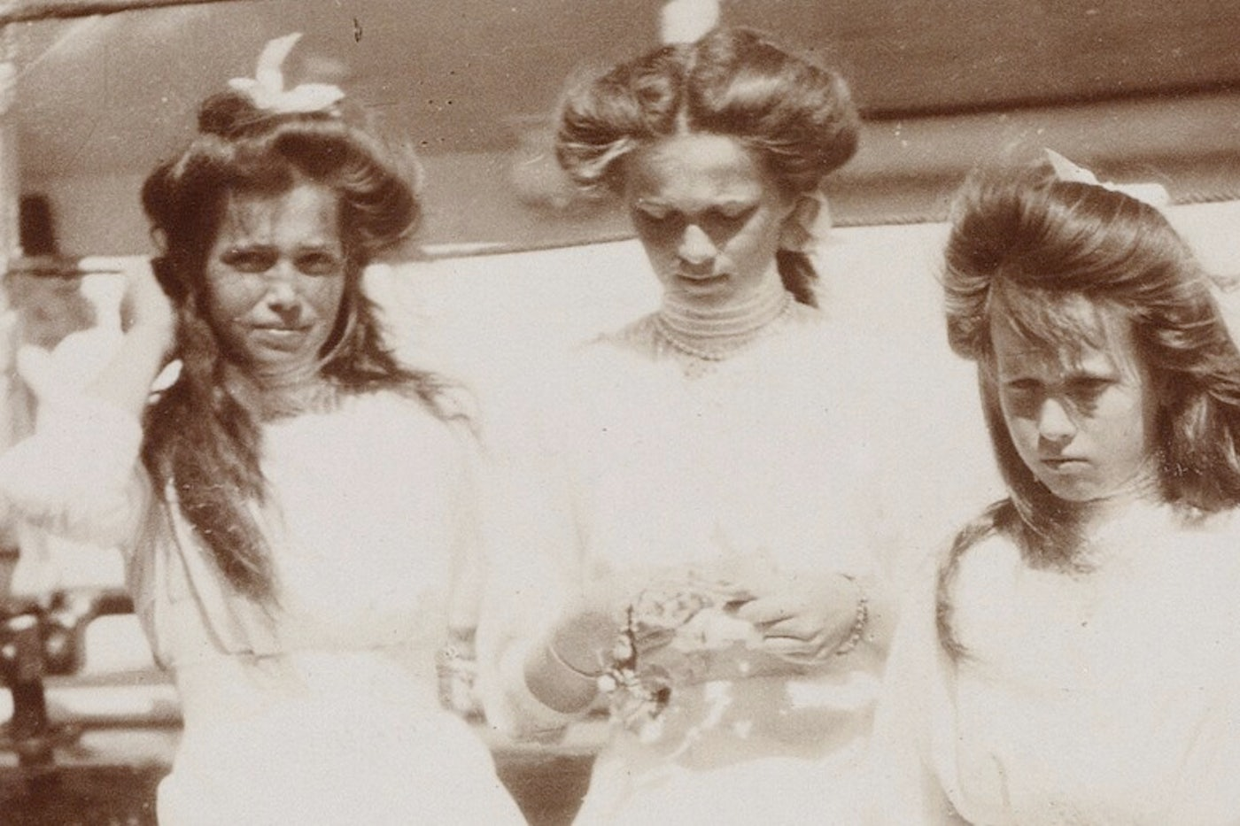 The Romanov Sisters by Helen Rappaport Review | The New Republic