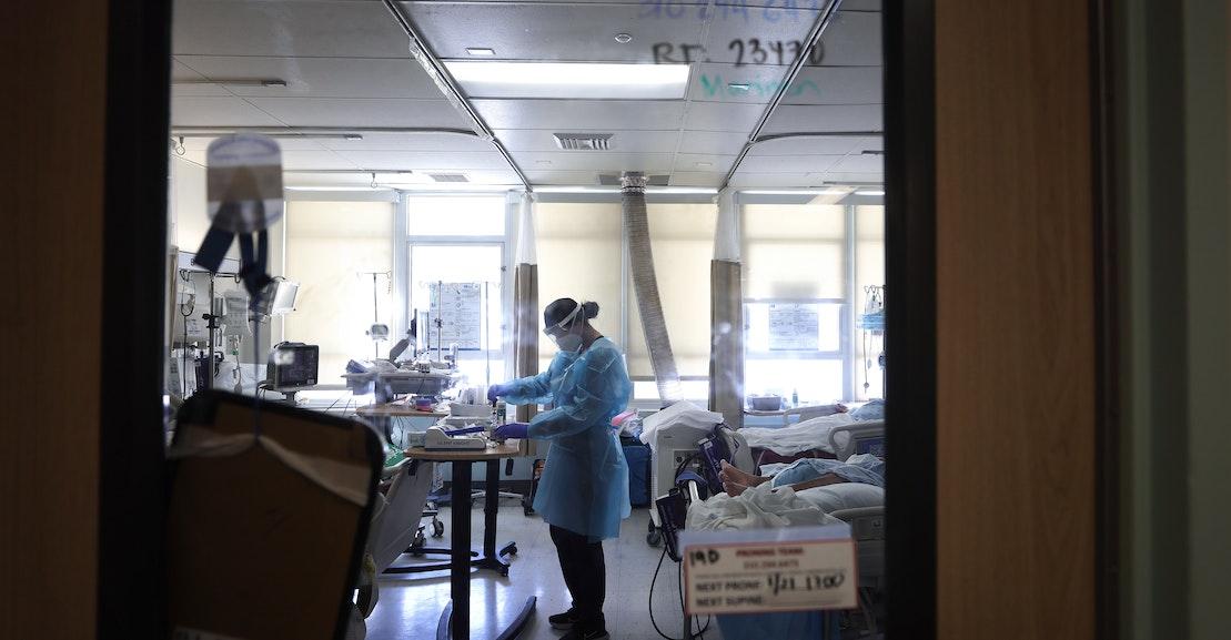 Apakah Covid Benar-Benar Harus Disalahkan atas Kekurangan Perawat?