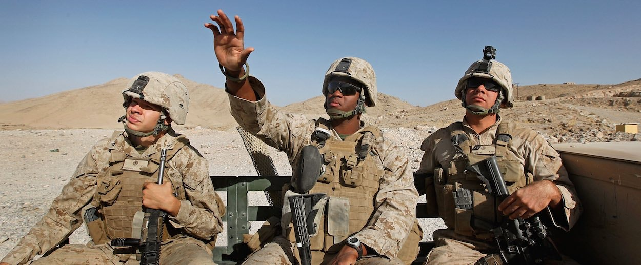 Usa should begin withdrawing troops from iraq essay