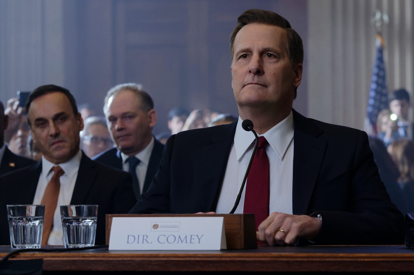 Jeff Daniels plays FBI director James Comey in Showtime's miniseries The Comey Rule.