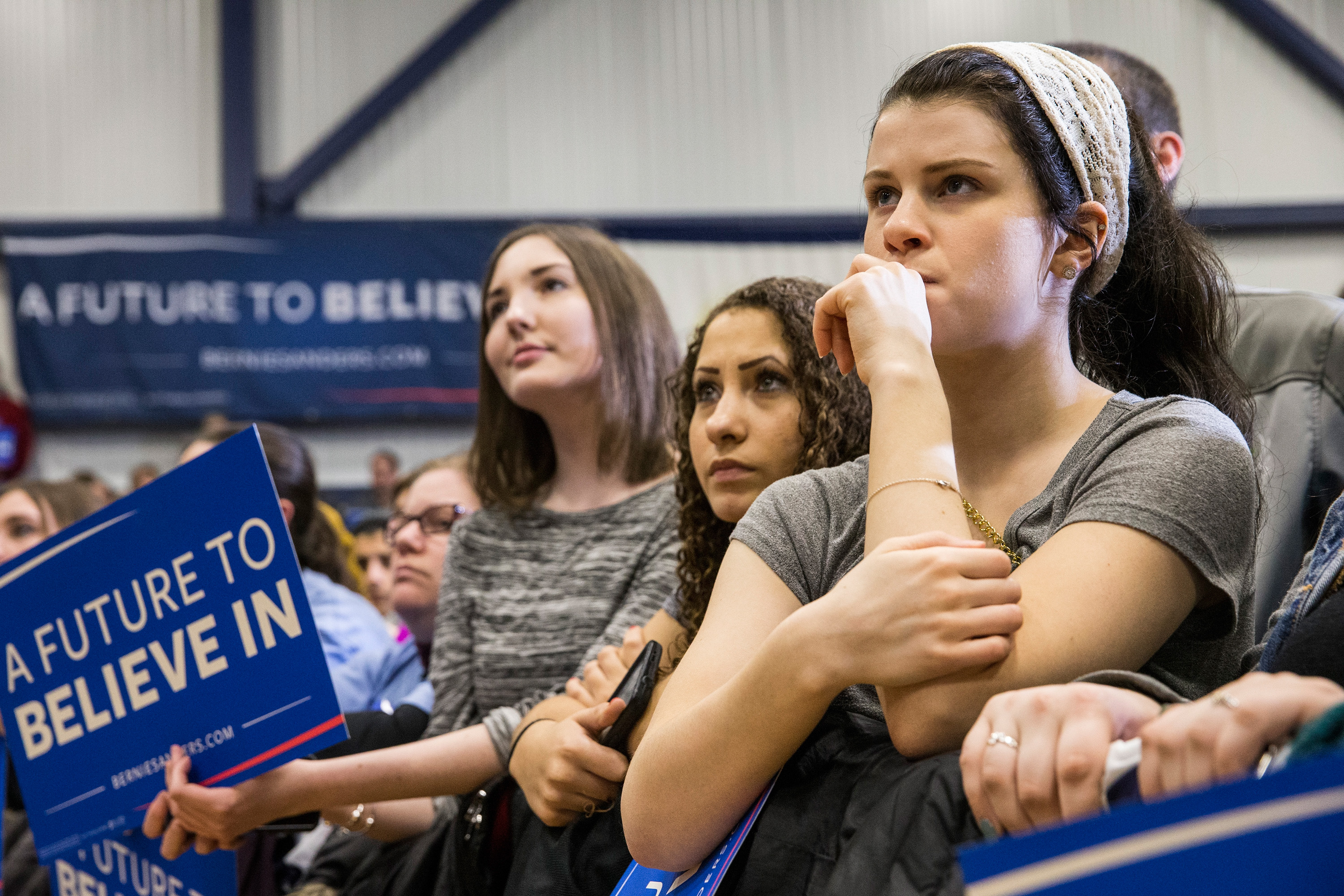 Why Are Millennial Women Gravitating to Bernie Sanders?