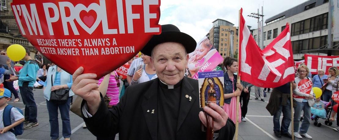 """Résultat de recherche d'images pour """"ireland against abortion catholic"""""""